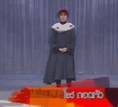 The weirdiest magic trick...fromFunny GIFs