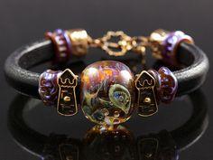 Bracelet.  Lampwork, jewelry findings by Anna Chernykh