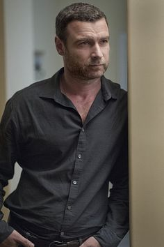 Liev Schreiber in Ray Donovan wearing tone on tone outfit. men's fashion and style.