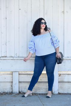 Ruffle top, cap toe slingbacks via @GirlWithCurves