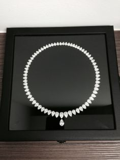 #Diamondsale Carefully sorted and re-cut to perfectly match  them into #necklaces or #bracelets starting at 0.10ct/stone up to 5ct+    info@by-alain.com