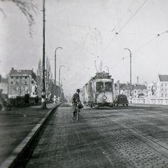 Tram Car Line 30 on Reichenbachbridge, by Herbert Wendling, ca. 1948
