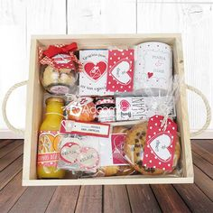 Breakfast Basket, Candy Flowers, Christian Decor, Gourmet Gift Baskets, Wooden Gift Boxes, Diy Presents, Diy Gifts For Boyfriend, Party In A Box, Fun Crafts For Kids