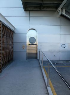 Fully automated cavity sliders with a wide range of operating options and finishing details Sliding Door Hardware, Sliding Doors, Cavities, Sliders, The Unit, Design, Sliding Gate, Sliding Door