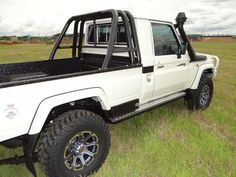 Toyota Vehicles, Army Vehicles, Toyota 4x4, Toyota Cars, Land Cruiser 80, Toyota Land Cruiser, Diesel Trucks, Ford Trucks, Pick Up