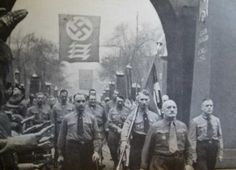 Nazi leadership commemorate the failed beer hall putsch of 1923