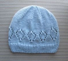 Free Knitting Pattern - Hat with Lacy Diamonds for a Lady