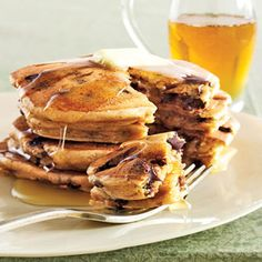 Peanutbutter & chocolate chip pancakes - ummm...yes please!!!