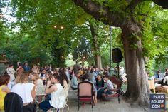 PAVILLON PUEBLA: nouveau spot perché aux Buttes Chaumont. De l'autre côté du Rosa Bonheur, une toute autre ambiance est née dans ce beau parc des Buttes Chaumont. Le Pavillon Puebla est l'endroit de votre été, à l'abris des arbres, dans un univers vintage et romantique. 43 avenue Simon-Bolivar, Paris 19ème. Ouvert du mercredi au samedi de 16h à 00h et le dimanche de 14h à 00h.
