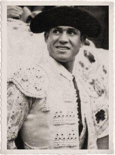 david liceaga | 17 de febrero de 1946: Manolete , Pepe Luis y Procuna. Platino ...