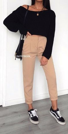 100 fashion-forward outfits that can now be copied . - Martha Lear - 100 fashion-forward outfits that can now be copied …, … 100 fashio - Spring Fashion Outfits, Teen Fashion, Fashion Models, Winter Outfits, Summer Outfits, Fashion Sets, Woman Fashion, Vans Fashion, Winter Ootd