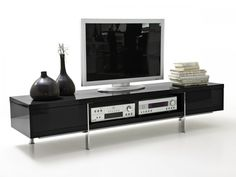 BRISA TV-Lowboard Hochglanz lackiert schwarz