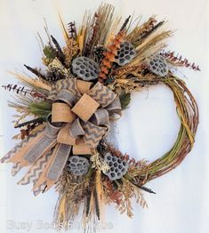 31 Ideas country cottage front door wreaths for 2019 Wreaths For Front Door, Door Wreaths, Grapevine Wreath, Wreath Stand, Cottage Front Doors, Primitive Wreath, Lotus Pods, Fall Wreaths, Rustic Wreaths