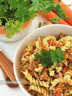 Sałatka z tuńczykiem, sałatka z marchewką, sałatka z makaronem i tuńczykiem, sałatka, makaron tuńczyk, http://najsmaczniejsze.pl #food #makaron, #tuńczyk