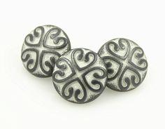 Hearts Flower Pattern Gunmetal White Metal Shank Buttons - 12mm - 1/2 inch