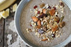 Nourishing Muesli // nutritionstripped.com #vegan #muesli #granola #breakfast #glutenfree