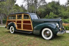1941 Packard 120 Deluxe Station Wagon Woodie...BeepBeep--.Re-Pin brought to you by #CarInsuranceagents at #HouseofInsurance in #EugeneOregon