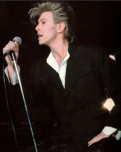 101% Bowie (© Patrick Riviere/Getty Images 1987.)