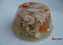 Aspik z kuřecího masa se zeleninou recept - TopRecepty. Clean Recipes, Fresh Rolls, Cabbage, Recipies, Goodies, Keto, Snacks, Meals, Baking