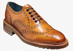 Made on the new 466 last in an FX fitting, the Barker Boyd is a stylish yet traditional full brogue, a new style in the Autumn/Winter 2014 collection.  http://www.robinsonsshoes.com/barker-boyd.html