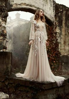 Stop, Drop & Vogue by Taylor Aube — Paolo Sebastian Haute Couture Spring/Summer 2015 Bridal Gowns, Wedding Gowns, Wedding Cards, Ethereal Wedding Dress, Fairy Wedding Dress, Beautiful Gowns, Beautiful Women, Beautiful Dream, Gorgeous Dress
