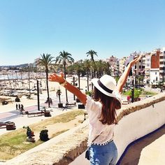Mimi Ikonn | Discovering this beautiful town of Stiges ☀️ Spain | Travel