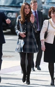 Expectant mom Kate Middleton put in another public appearance today, visiting the Emirates Arena in Glasgow with her husband Prince William. Cute Coats, Baby Center, Prince William, Kate Middleton, Hipster, Husband, Plaid, Mom, Google Search