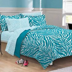 Perfect for a dorm or bedroom, this ultra soft bedding features a wild zebra print in aqua and white; comforter and sham reverse to solid aqua. Sheet set showcases a chic zebra pattern. Girls Comforter Sets, Teen Bedding Sets, Kids Comforters, Twin Comforter, Zebra Print Bedroom, Zebra Bedding, Girls Bedroom, Bedroom Decor, Dream Bedroom