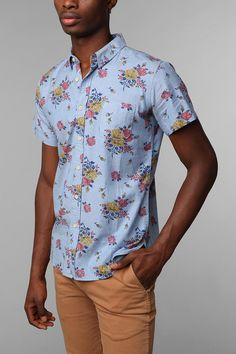 Nothing says Orlando in January like flowers on your shirt!