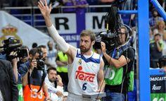 """Ayer se vivió un gran momento en el Palacio, a poco menos de un minuto de terminar el encuentro, la afición de Berserkers del Real Madrid sacó una pancarta con la frase """"Chapu, ¡qué bueno que viniste!"""" aparte de corear su nombre hasta el final del encuentro."""