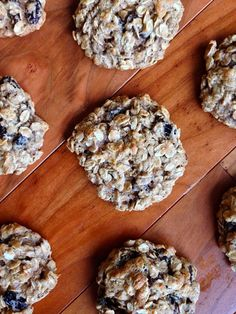 Soft and Chewy Oatmeal Raisin Cookies (Low Fat!) - Yes to Yum