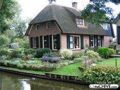 Village in Holland without streets! This is heaven on earth to me...