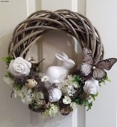Easter Wreaths, Holiday Wreaths, Christmas Decorations, Easter Projects, Easter Crafts, Bunny Crafts, Easter Decor, Easter Ideas, Diy Ostern