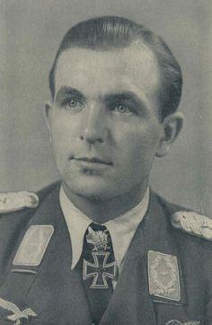 ✠ Herbert Ihlefeld (1 June 1914 – 8 August 1995) RK 13.09.1940 Oberleutnant Flugzeugführer i. d. I.(J)/LG 2 + 27.06.1941 [16. EL] Hauptmann Kdr I./JG 77 + 24.04.1942 [9. Sw] Hauptmann Kdr I./JG 77