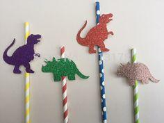 Картинки по запросу день рождение динозавры