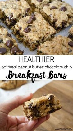 Healthier Oatmeal Peanut Butter Chocolate Chip Breakfast Bars Everything you need for breakfast: oats, peanut butter and a little bit of chocolate! These Healthier Oatmeal Peanut Butter Chocolate Chip Breakfast Bars are low in sugar and so filling! Good Healthy Recipes, Healthy Desserts, Gourmet Recipes, Dessert Recipes, Healthy Meals, Diet Recipes, Healthy Breakfasts, Easy Recipes, Healthy Drinks