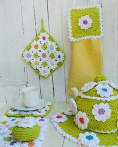 Maggie's Crochet · Floral Bliss Kitchen Set
