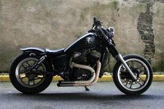 like the style.  Visit -http://www.hondashadow.net/forum/53-general-bike-discussion/314434-vt500c-rat-bobber.html