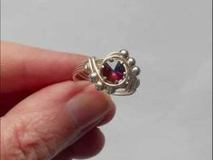Easy Beaded Solitaire Ring - A wire wrap tutorial...
