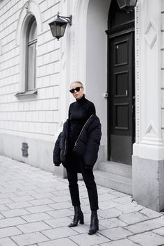 A Not-So-Basic All Black Outfit To Try by Le Fashion  #Black, #BLOGGERS, #Boots, #FALLWINTERINSPIRATION, #JACKETCOAT, #Moda, #Pants, #SWEATER, #Turtleneck