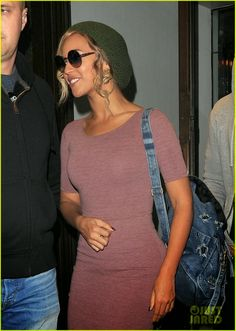 Beyonce leaves Cecconi s with her hubby Jay Z in London 36d751da67da