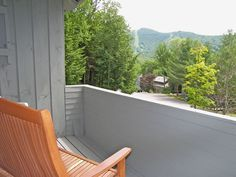 Clearbrook - New Hampshire Vacation Condo Rentals Loon Mountain Cheap Dining Room Sets, Enjoy Your Vacation, Queen, Dining Table Chairs, Open Concept, Full Bath, Master Suite, Living Area, Baths