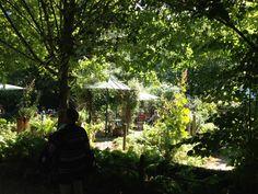 Der Garten in Wissen, Rheinland-Pfalz Hochzeit im Garten, verschiedene Pavillons oder Gartenlauben