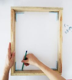 How To Make A Diy Canvas Picture Frame For Under 10 Diy