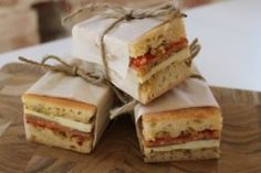 A great idea for wrapping sandwiches for lunch