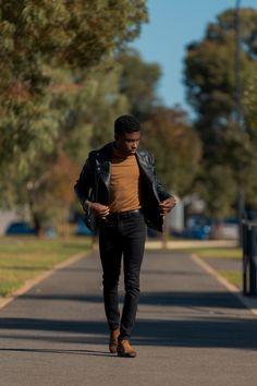 Portraits — WAGBAYI PHOTOGRAPHY Walking Man, Man Photography, Natural Light, Hipster, Portraits, Poses, Mens Fashion, Chic, 200m