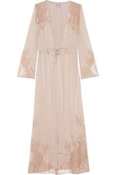 Carine Gilson|Chantilly lace-trimmed silk-satin robe|NET-A-PORTER.COM