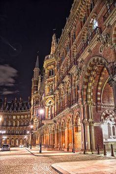"motherlanduk: "" (via (108) Saint Pancras Station, London | England | Pinterest | London, Crosses and Bustle) """