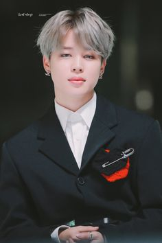 Discovered by Inna. Find images and videos about bts, park jimin and jimin on We Heart It - the app to get lost in what you love. Busan, Park Ji Min, Foto Bts, Jikook, Bts Bangtan Boy, Bts Jimin, Bts Taehyung, K Pop, Mma 2019