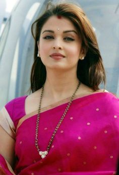 aishwarya rai in pink saree